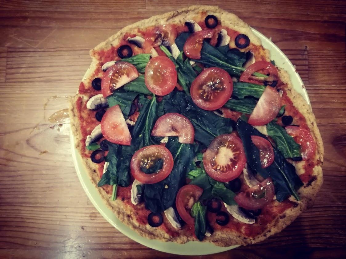 Pizza z ciecierzycy