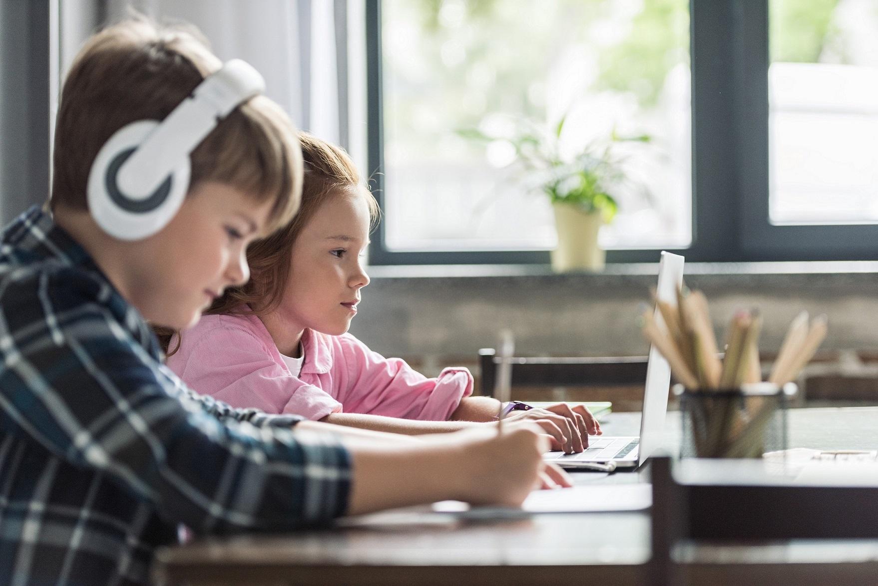 aktywność online dzieci